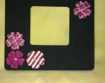 Black with Pink and White Floral 3.5X3.5 Picture Frame