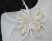 Cute cream   color    flower  with feather  clip  back 1 piece listing big size