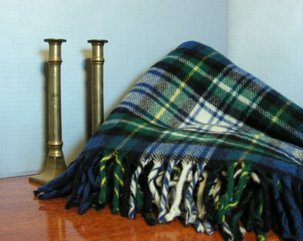 Warm Plaid Throw Blanket