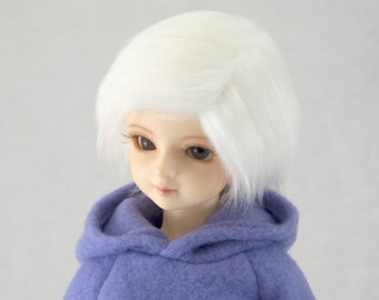 8/9 White Faux (Fake) Fur Wig for SD BJDs, size 8-9 Wig