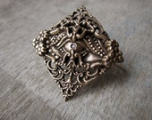 Statement ring neo victorian two finger ring