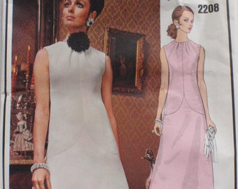 Vogue Paris Original Givenchy Dress - Vogue 2208 - Size 8, Bust 31 1/2