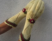 Yellow Floral Lace Knitted Gloves - Rustic Vintage Accessory with embroidery