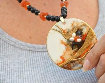 Large round pendant agate pearls statement necklace gold orange amber black Berna vintage handmade