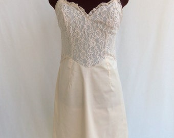 Vintage 60s Full Slip in Pastel Baby Pink with Lace Bodice and Trim Size 36