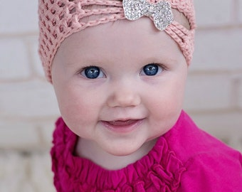 Baby turban hat with bows/ flapper hat / infant crochet hat / newborn hat / photo prop / hat with bow / girl hat / white hat / pink