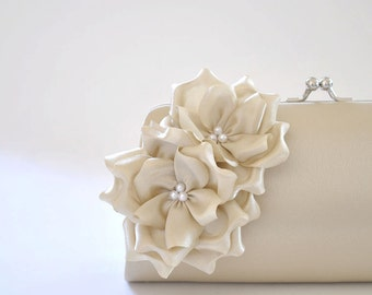 Champagne Clutch / Bridal clutch / Bridesmaid clutch