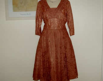 Vintage original 1950s caramel  lace dress UK 14, US 10 12 unique