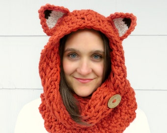 Fox Cowl Circle Scarf Hood in Chuncky Orange Yarn, Reversible with two Textures and a Natural Coconut Button