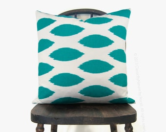 SALE - Ikat pillow, Turquoise and white cushion cover, Decorative throw pillow case, 12x18, 16x16 or 18x18 pillow cover - Modern home decor