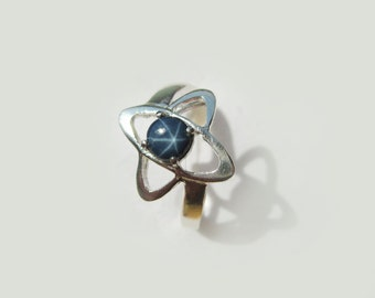 Natural Blue Star Sapphire In Sterling Silver Satellite Ring. Size 7