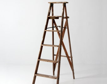 FREE SHIP  decorative ladder, vintage wood ladder, Rid Jid ladder, tall folding ladder