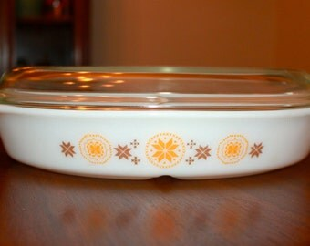 Vintage Pyrex Divided Casserole Dish Brown Gold Snowflake Pattern with Lid 1960s