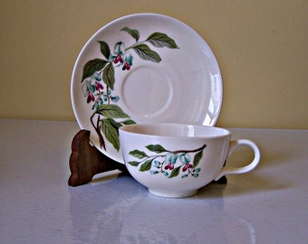 Homer Laughlin Rhythm Cup and Saucer   Set of 4