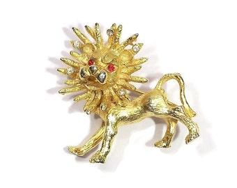 "Vintage Roaring Lion Brooch Pin / Vintage Jewelry - 1 1/4"" x 1 1/4"""