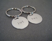 Personalized Keychains, Couples Keychains, Circle Keychains, Initials Keychains, Wedding Gift, Bride Groom Gift, Made to order keychains
