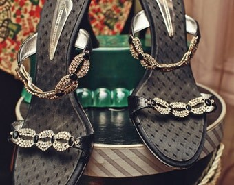 Vintage Italian Designer Vicini Shoes with Rhinestones 38 1/2