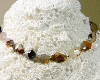 Natural Agate Necklace Knotted Gemstone Necklace Agate Free Form Beads Necklace Beaded Necklace