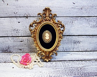 Vintage Ornate Frame Cameo Wall Decor/Silhouette decor/Burwood Decor/Shabby Decor/French Decor