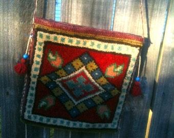Vintage Carpetbag Handbag 1960 Shoulder Messenger Nomad Bag Purse  Turkish Carpet Hippie Bohemian OOAK Boho Tribal