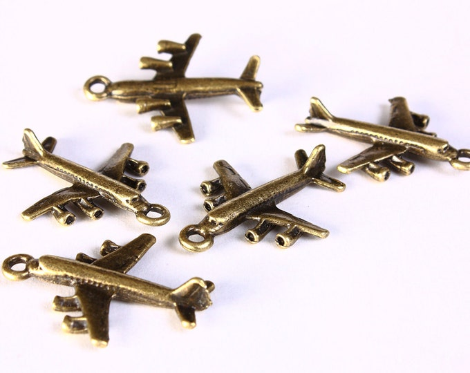 5 Airplane charm pendant antique brass antique bronze 29mm x 23mm - 3D charms (1397) - Flat rate shipping