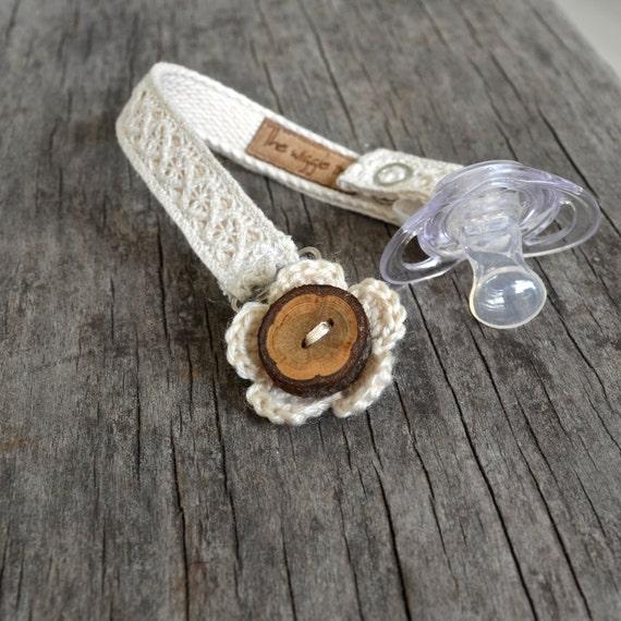 Wooden Button Flower Pacifier Clip in Cream.