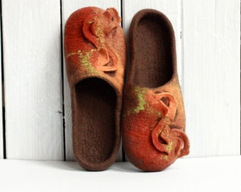 Women house shoes - brown, orange felted wool slippers - Mothers day gift - gift for her - wool house shoes - brown slippers women slippers