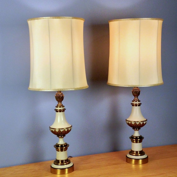 Brass Pineapple Table Lamp Stiffel brass lamp pair Hollywood Regency pineapple accent vintage ...