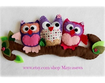 Pink Owl Friends. Wall hanging. Nursery. Girl's room. Pink. Spring decor. READY TO SHIP.