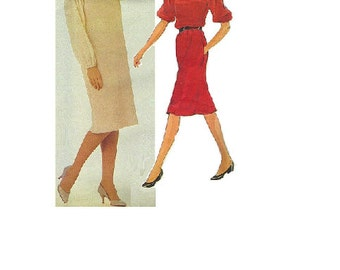 Vogue 2747 Sewing Pattern American Designer Geoffrey Beene 80s New Wave Style Dress Loose Fit Blouson Sleeves Pleated Neckline Bust 32