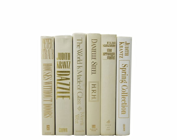 Cream white gold decorative books table settings by bookstyles for Decoration books