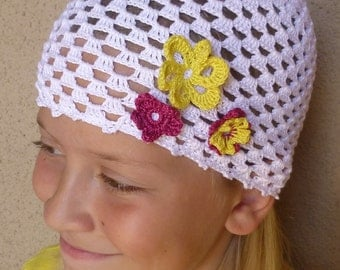 white CROCHET HAT for GIRL with with crochet flowers, cotton 100%