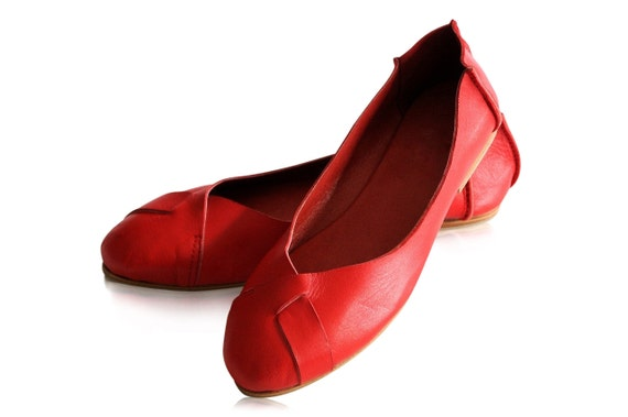NATIVE. Red leather flats / red shoes / leather shoes / leather ballet flats / womens. sizes 35-43. Available in different leather colors.