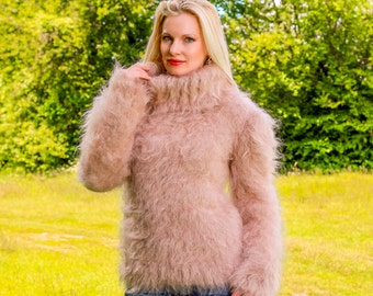 Super fluffy hand knitted mohair sweater in light beige by SuperTanya
