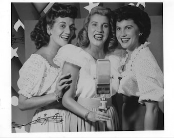 The Andrew Sisters Publicity Photo   8 by 10 Inches