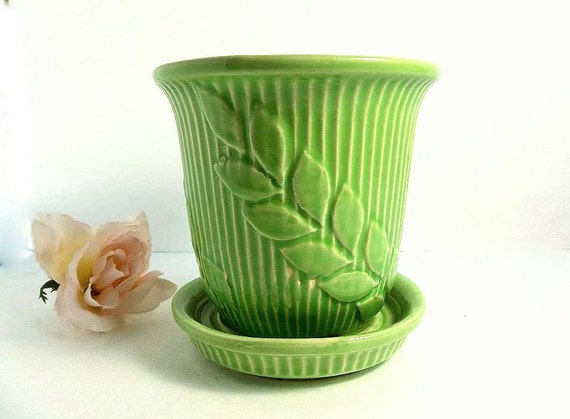 Roses In Garden: Vintage Shawnee Pottery Planter Vase Green By