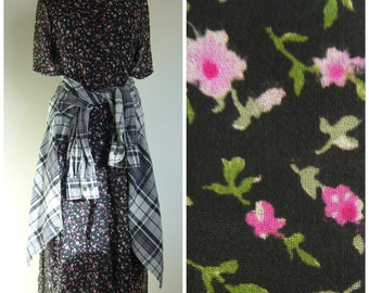 Vintage Black GRUNGE MAXI DRESS in Micro Floral/Ditsy Floral Print/size Small