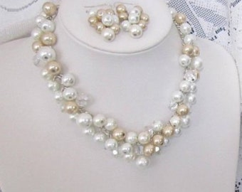 Pearl Wedding Jewelry Set Bridal Pearl Necklace and Earring Set Cluster Pearl Necklace in Ivory White and Champagne Bridesmaid Jewelry Set