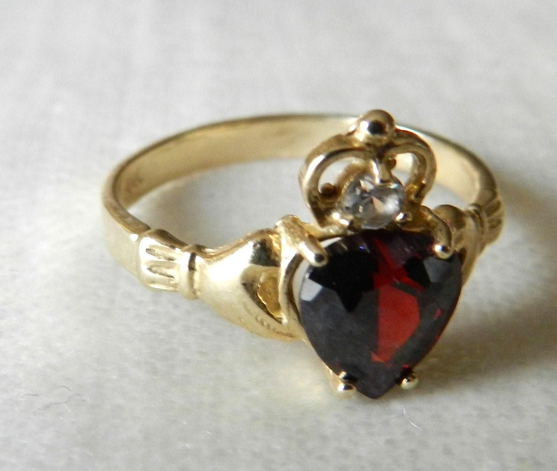 14k claddagh ring garnet vintage antique claddagh engagement