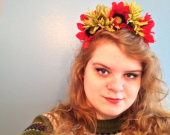 AUTUMN FLOWER CROWN - red & green