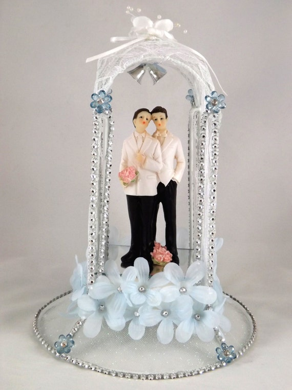 lighted wedding cake toppers lighted wedding cake topper or dais by mbzcreations 16868
