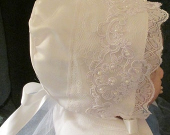 Elegant satin and tulle baby bonnet with two different laces
