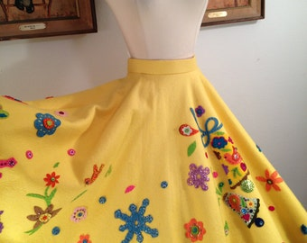 1950s Novelty Felt Circle Skirt--Birds, Flowers, Bells