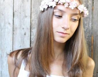 Sakura flowers crown. Gentle hair piece for the bride. Cherry blossoms. Bridal crown. flowers headband. Hair wreath. Wedding headband.