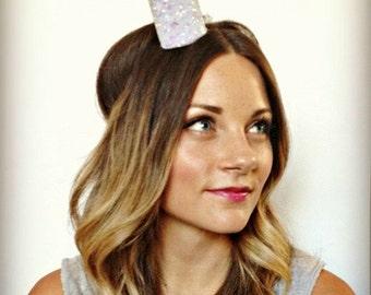 Bride Mini Crown Fascinator ||Bachelorette Party Headband ||White Glitter Photo Prop || Bachelorette Crown
