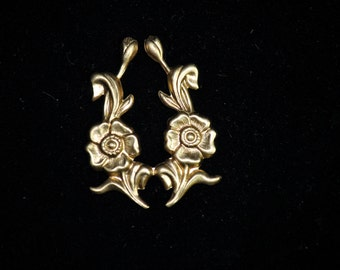 Wonderful Filigree Findings, flowers and swirls, jewelry supplies, 70's closed factory,