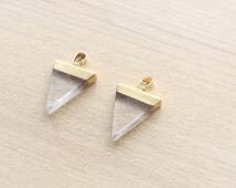 1 pcs of Natural Crystal Quartz Triangle Pendants with Brass Findings - Gemstone Pendants