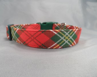 Red and Green Argyle Plaid Dog Collar