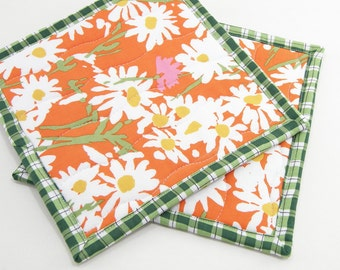 Orange Floral Quilted Pot Holders, Hot Pads, Insulated Potholders - Orange, White, and Green Flower Pot Holders