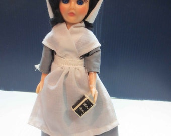 Vintage Pilgrim Doll By Nana's Dolls With Sleep Eyes